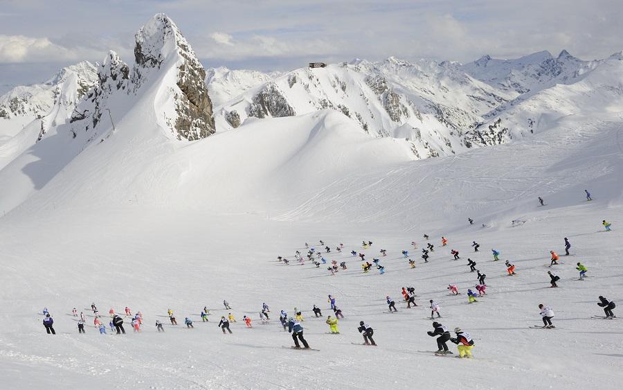 Skiing on the Arlberg in Austria