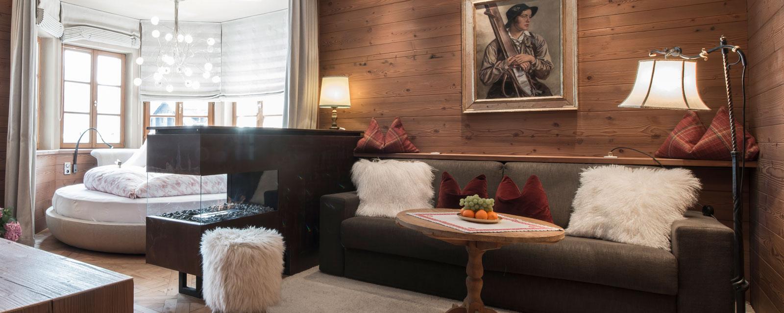 Bequemes Sofa im Bergschlössl